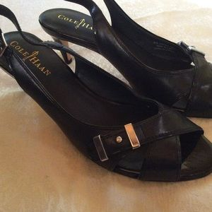 COLE HAAN black sling back shoes with buckle